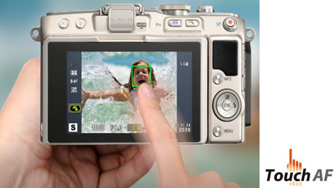 The touch AF Shutter lets you instantly capture subjects just the way you want.